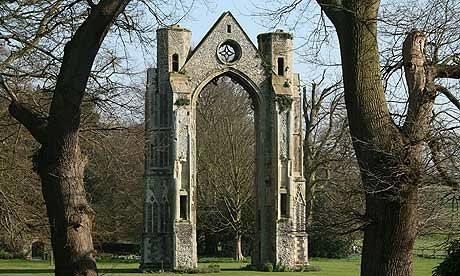 Walsingham-Abbey-007